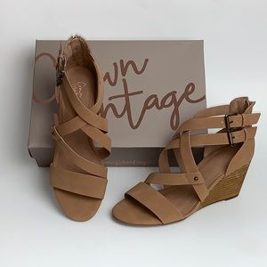 Crown Vintage Cirque Brown  Sugar Wedge Sandal